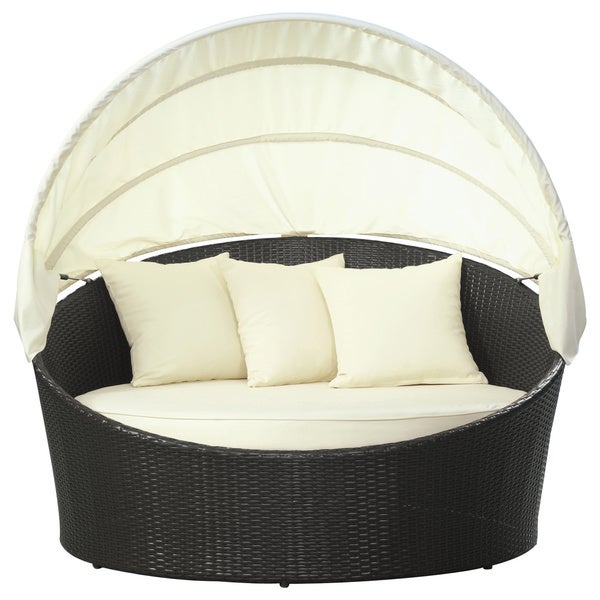 Siesta Outdoor Rattan Canopy Bed