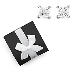 Montebello 14k Gold 1/5ct TDW Diamond Stud Earrings with Gift Box (H-I, I2-I3)