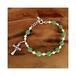 Sterling Silver 'Faith' Aventurine and Pearl Bracelet (4 mm) (India)