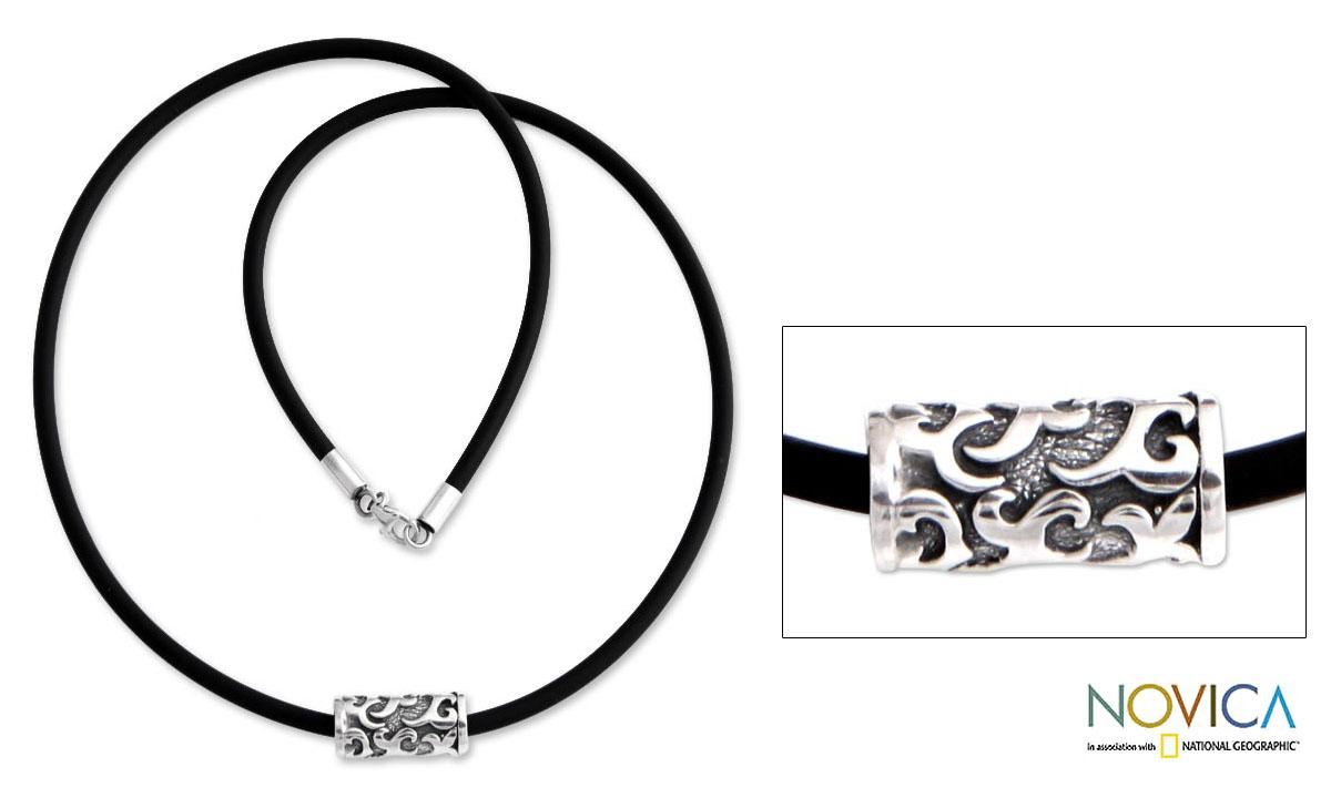 Handmade Sterling Silver Men's 'Tribal Scroll' Rubber Necklace (Indonesia)