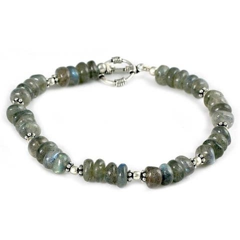 Handmade Sterling Silver Indian Rainbow Labradorite Bracelet (India)