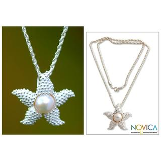 Handmade Silver 'Sparkle Starfish' Pearl Necklace (10.5 mm) (Indonesia)