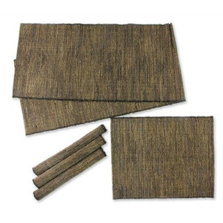 Handmade Set of 4 Natural Fibers 'Nature of Black' Runner Placemats (Indonesia)