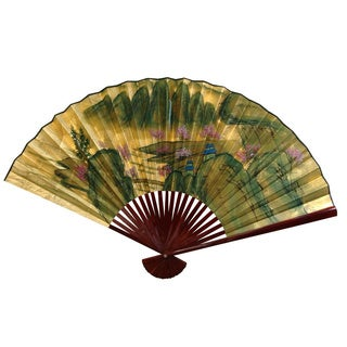 Handmade 12-inch Wide Gold Leaf Mountain Landscape Fan (China)