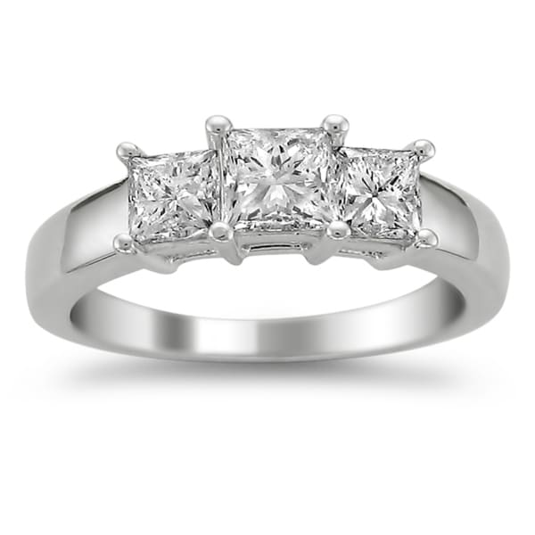 Montebello 14k White Gold 1 1/2ct TDW Diamond 3-stone Engagement Ring