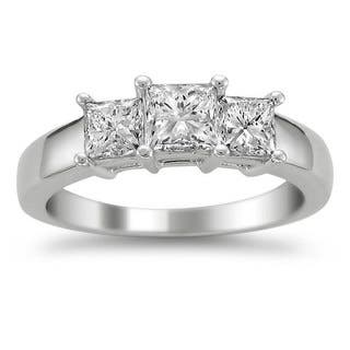 Montebello 14k White Gold 1 1/2ct TDW Diamond 3-stone Engagement Ring|https://ak1.ostkcdn.com/images/products/6677538/P14234031.jpg?impolicy=medium
