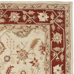 Safavieh Hand-hooked Oushak Ivory/ Rust Wool Rug (7'6 x 9'9) - Thumbnail 1