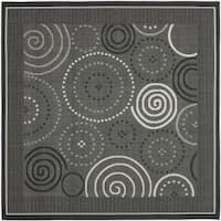 "Safavieh Ocean Swirls Black/ Sand Indoor/ Outdoor Rug - 6'7"" x 6'7"" square"