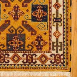Indo Hand-knotted Kazak Gold/ Ivory Wool Rug (3' x 5')