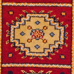Herat Oriental Indo Hand-knotted Kazak Red/ Ivory Geometric Wool Rug (2' x 4')