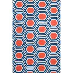 Hand-woven White Faithful Wool Area Rug (3'6 x 5'6) - Thumbnail 0
