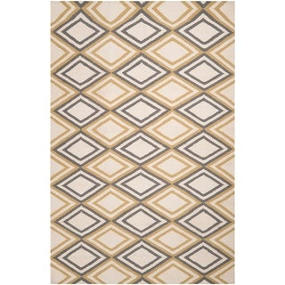 Hand-woven Ivory Foptop Wool Area Rug - 3'6 x 5'6
