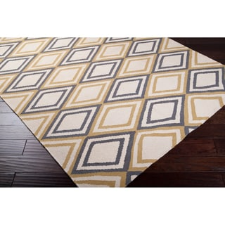 Hand-woven Ivory Foptop Wool Rug (5' x 8')