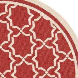 Safavieh Poolside Red/ Bone Indoor/ Outdoor Area Rug (6'7 Round) - Thumbnail 1