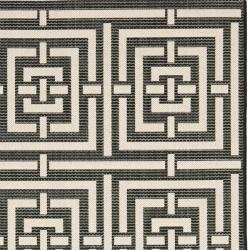 Safavieh Poolside Black/ Bone Indoor Outdoor Rug (8' x 11'2) - Thumbnail 1