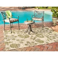 Safavieh Poolside Cream/Green Indoor/Outdoor Bordered Rug - 6'7' x 9'6'