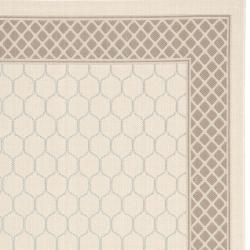 Safavieh Poolside Beige/Dark Beige Indoor/Outdoor Lattice-Pattern Rug (6'7 x 9'6) - Thumbnail 1
