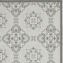 "Safavieh Light Grey/Anthracite Border Indoor/Outdoor Rug (5'3"" x 7'7"") - Thumbnail 2"