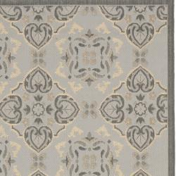 "Safavieh Power-Loomed Light Gray/Anthracite Indoor/Outdoor Rug (4' x 5'7"") - Thumbnail 2"