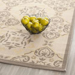 Safavieh Poolside Beige/Dark Beige Indoor/Outdoor Area Rug (8' x 11'2) - Thumbnail 1