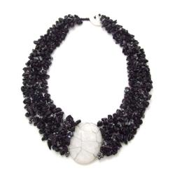 Handmade Cluster Delight White Granite Pendant Black Onyx Beaded Necklace (Philippines)