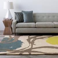 Hand-tufted Beige Opaque Floral Wool Area Rug - 8' x 10'
