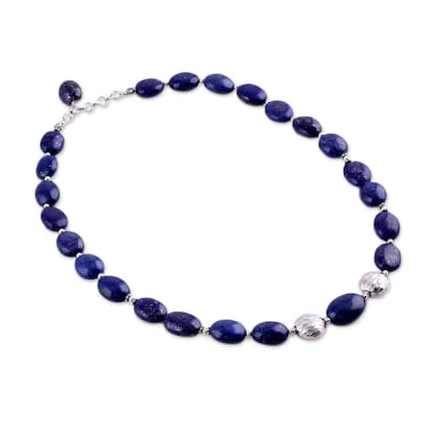 Handmade Forever Love Oval Lapis Lazuli Beads Necklace (India)