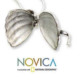 Sterling Silver 'Seashell' Locket Necklace (Indonesia)