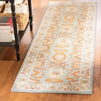 "Safavieh Handmade Heritage Timeless Traditional Light Blue/ Ivory Wool Rug - 2'6"" x 6'"