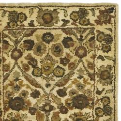 Safavieh Handmade Treasured Gold Wool Rug (2'3 x 12') - Thumbnail 1