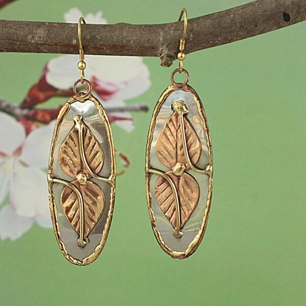 Handcrafted Three-Tone 'Dynamic Leaf' Oval Dangle Earrings (India)
