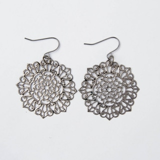 Handmade Shimmering Gray Circular Lattice Earrings (China)