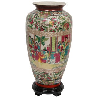 Handmade Porcelain 14-inch Rose Medallion Tung Chi Vase (China)