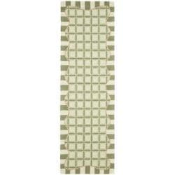 Safavieh Hand-hooked Chelsea Ivory/ Green Wool Rug (2'6 x 12')