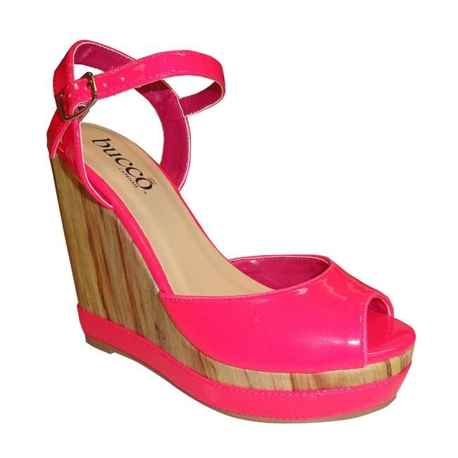 Bucco Women's 'Scota' Fuchsia Wedges Sandals