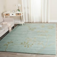 Safavieh Handmade Soho Vine Light Blue New Zealand Wool Rug - 3'6' x 5'6'