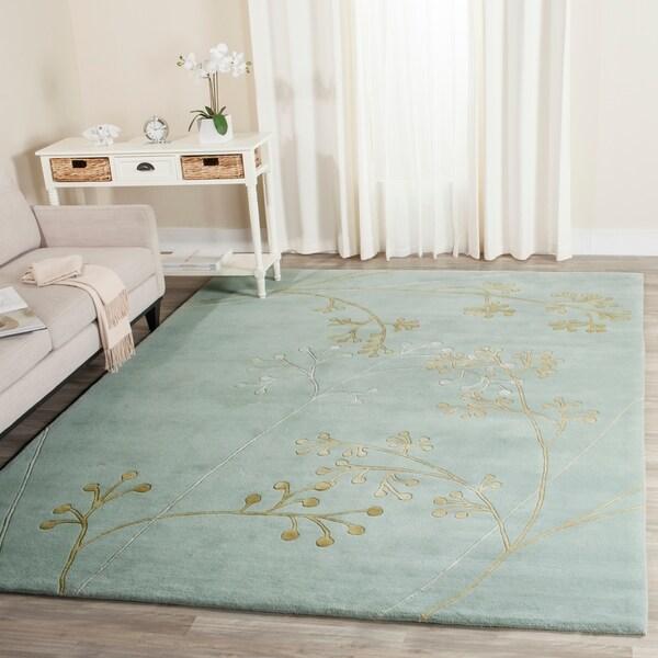 "Safavieh Handmade Soho Vine Light Blue New Zealand Wool Rug - 7'6"" x 9'6"""