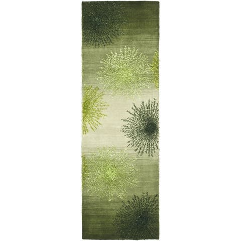 "Safavieh Handmade Soho Burst Green New Zealand Wool Runner - 2'6"" x 6'"