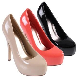 Journee Collection Women's 'Nikki-2' Almond Toe Patent Platform Pumps