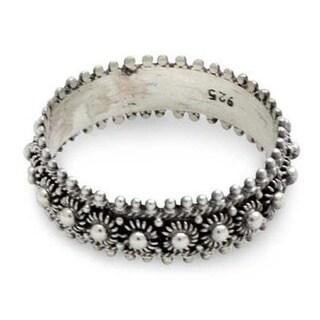 Handmade Sterling Silver 'Star Shine' Ring (Indonesia)