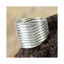 Handmade Silver 'Andean Whirlwind' Ring (Peru)