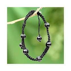 Handmade Onyx 'Night of Peace' Macrame Bracelet (India)