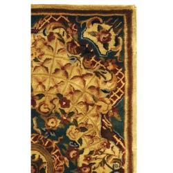 Safavieh Handmade Classic Empire Light Blue/ Ivory Wool Rug (2'3 x 4') - Thumbnail 1