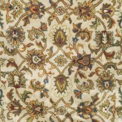 Safavieh Handmade Classic Ivory Wool Rug (7'6 x 9'6 Oval) - Thumbnail 2