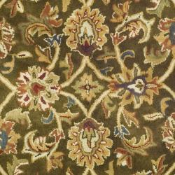 Safavieh Handmade Classic Olive/ Beige Wool Rug (6' Round) - Thumbnail 2