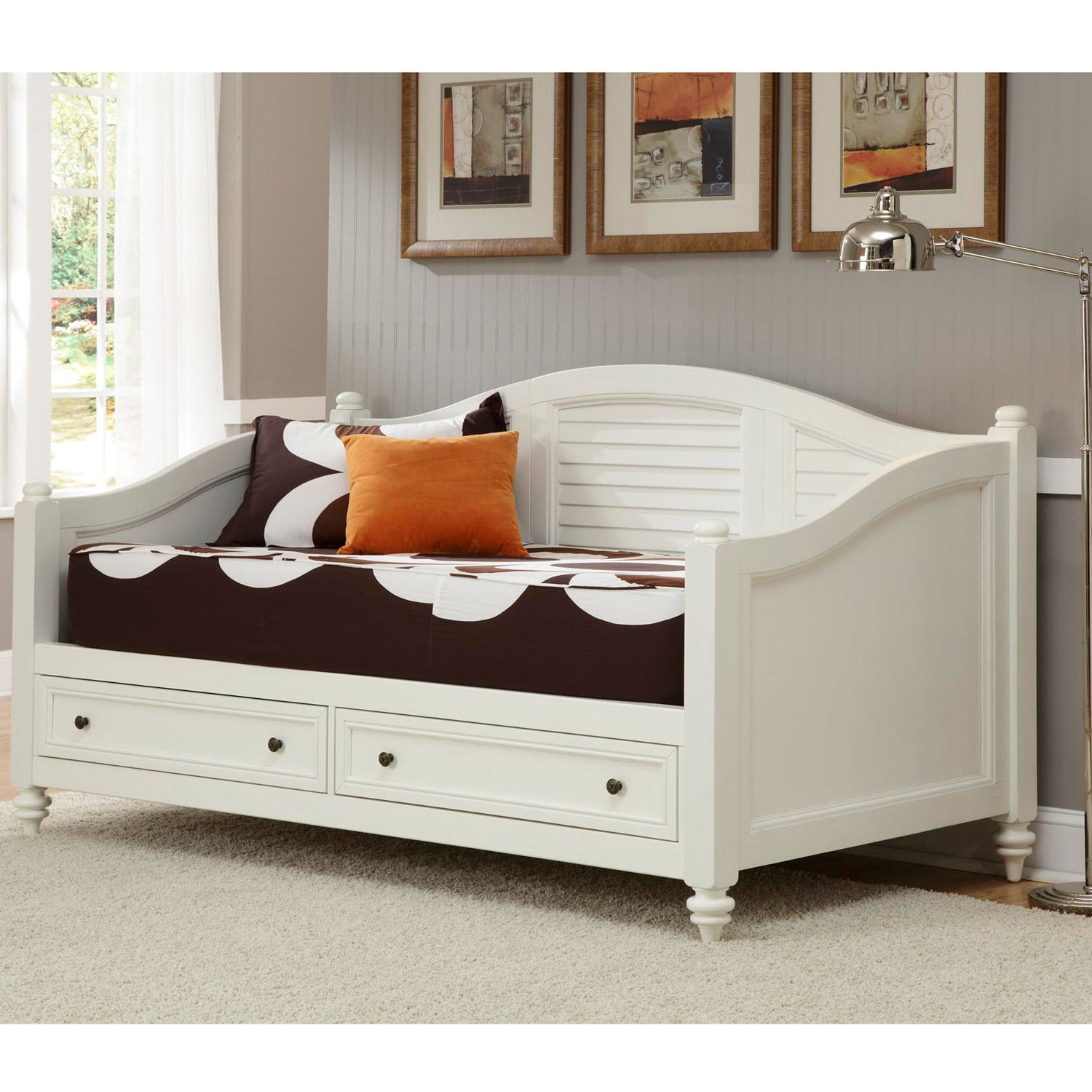 Home styles bermuda brushed white finish twin size daybed for Bed styles images