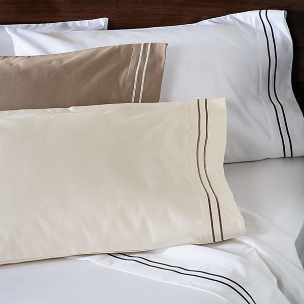 Superior 1600 Thread Count Embroidered Cotton Sateen Pillowcases (Set of 2)