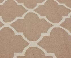 nuLOOM Handmade Flatweave Moroccan Trellis Beige Wool Rug (7'6 x 9'6) - Thumbnail 2