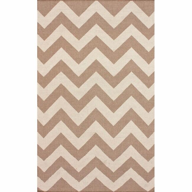 nuLOOM Handmade Flatweave Chevron Natural Wool Rug (7'6 x 9'6) - 7'6 x 9'6