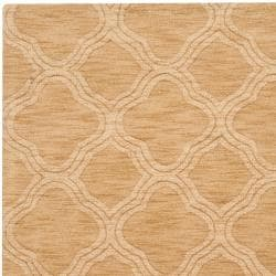 Hand-crafted Gold Lattice Mantra Wool Rug (3'3 x 5'3) - Thumbnail 2